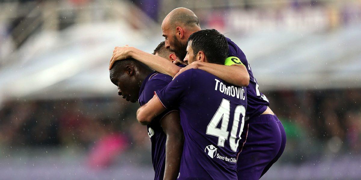 La Fiorentina vence al Bolonia sin Carlos Salcedo
