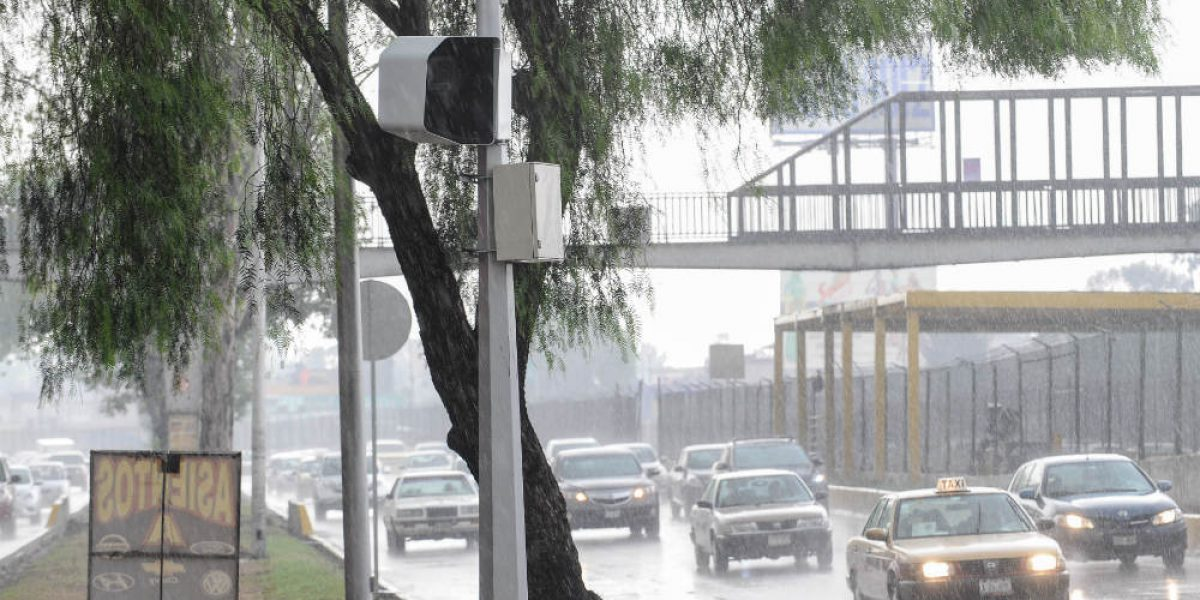 Fotomultas salvan vidas, insisten especialistas tras accidente en Reforma