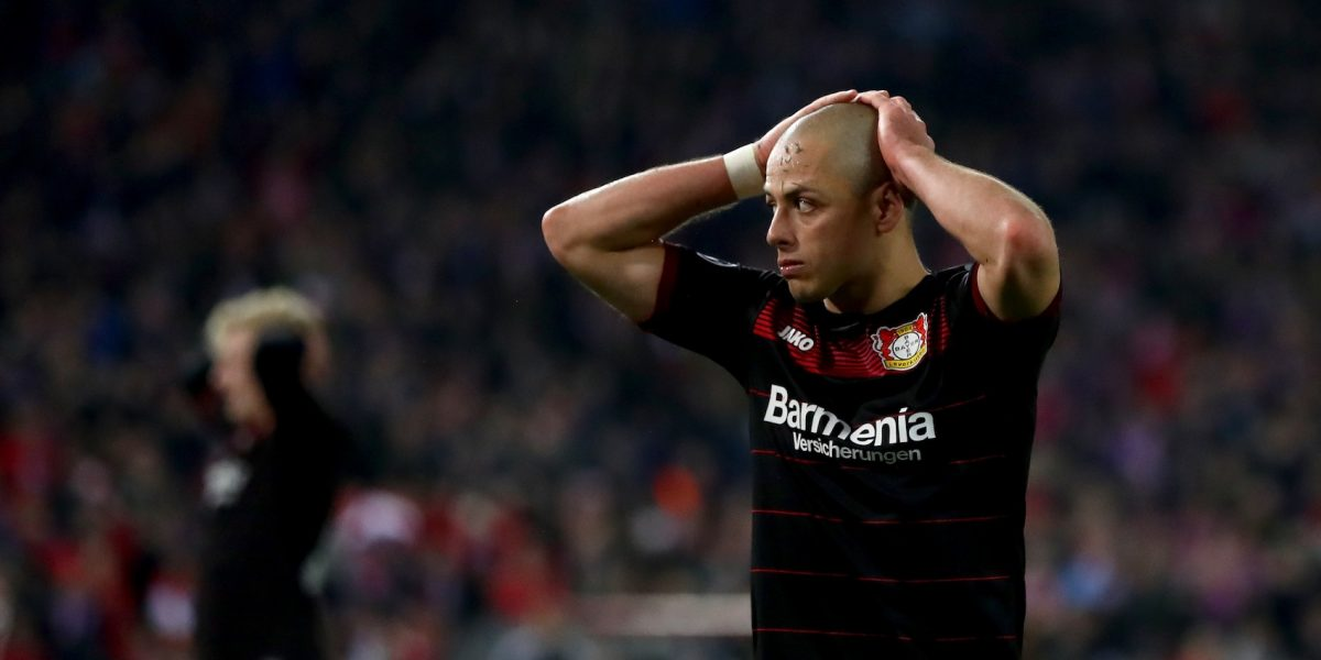 'Chicharito' causa baja con el Bayer Leverkusen