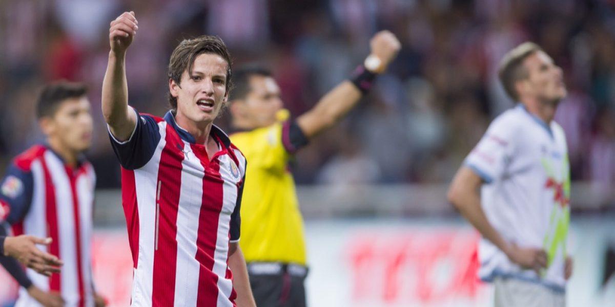 Tras un año fuera, Carlos Fierro valora más a Chivas