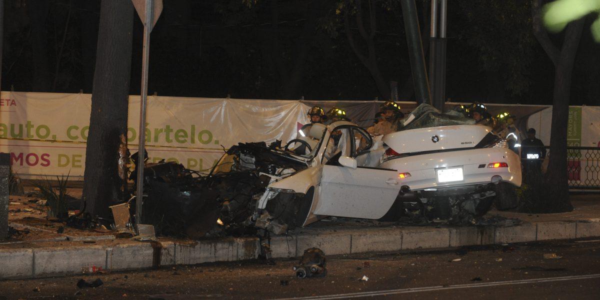 Conductor de auto accidentado en Reforma llevaba 24 horas