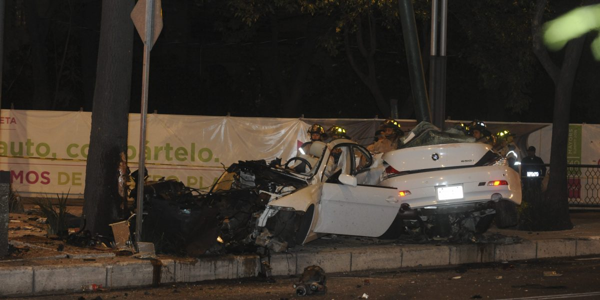 Tras choque en Reforma, piden investigar al valet parking y al bar