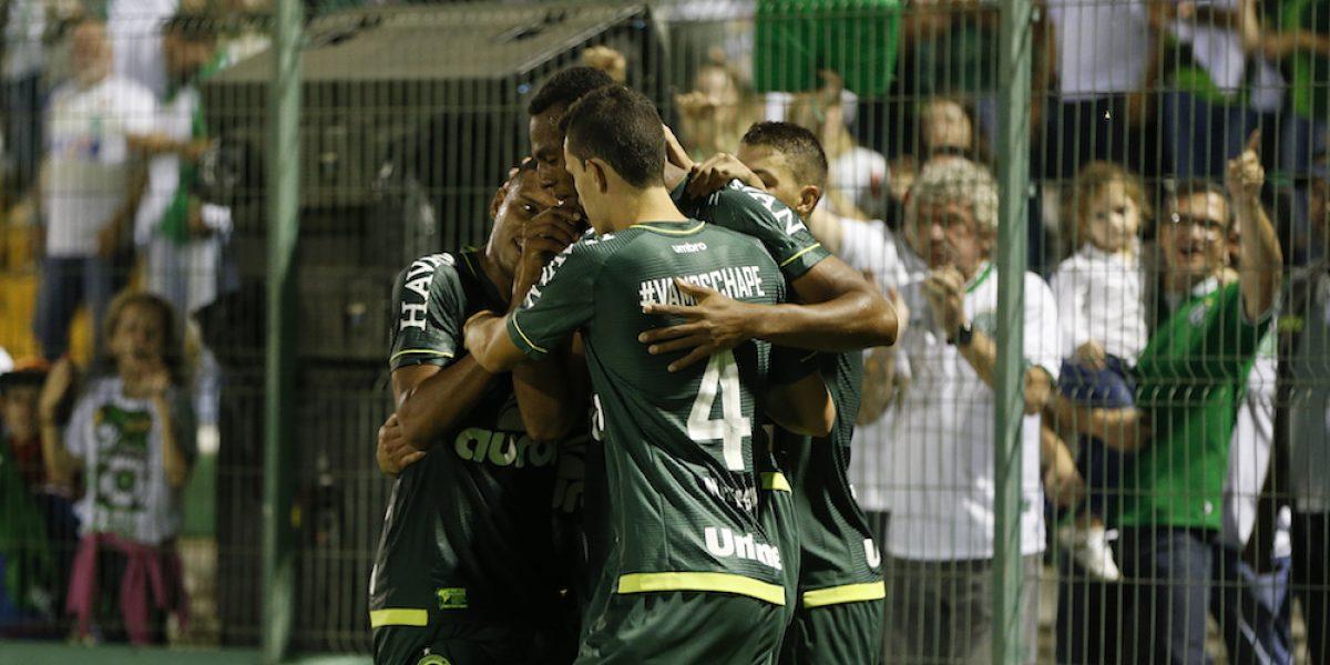 En emotivo encuentro, Chapecoense vence al Atlético Nacional