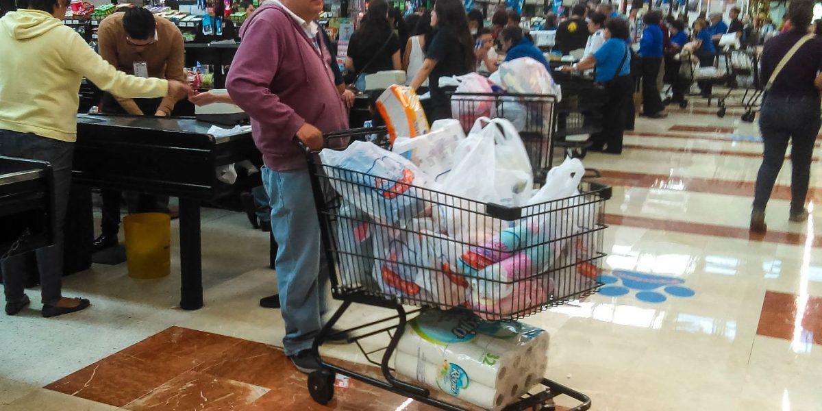 Confianza del consumidor creció 4.3% en marzo: INEGI
