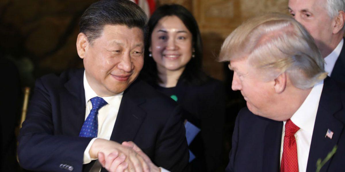Trump se reúne con el presidente de China en Florida