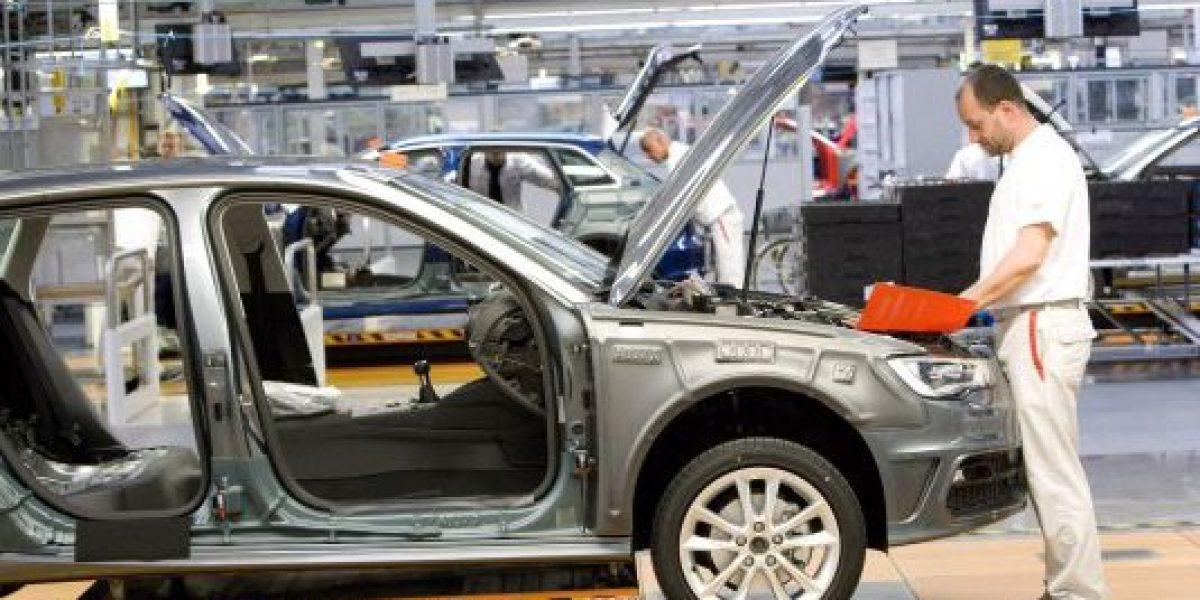 Producción y exportación de autos rompe récord