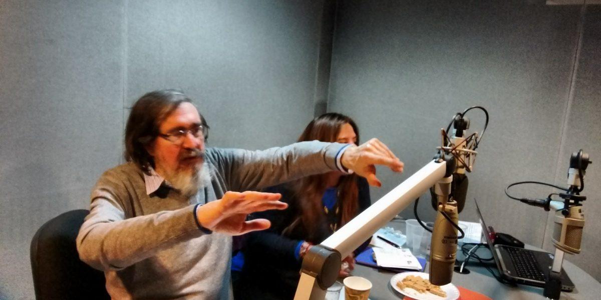 """Marcelino Perelló """"justifica"""" violación a mujeres en programa de Radio UNAM"""