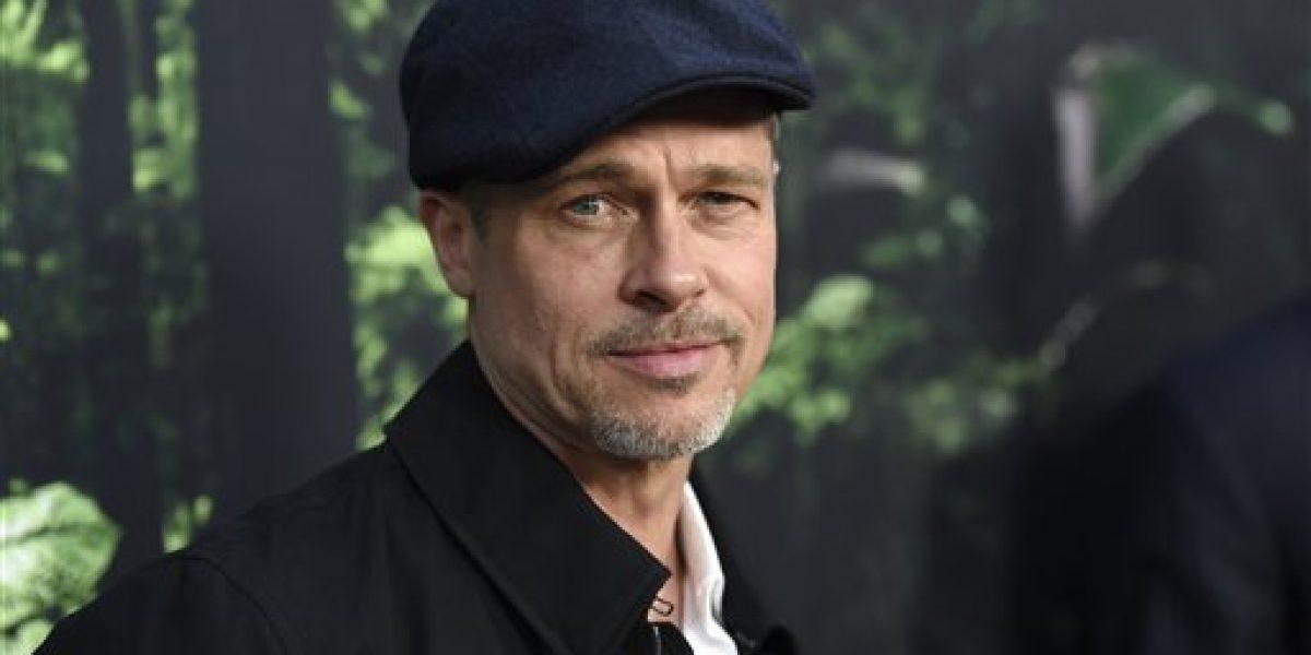 Brad Pitt hace rara aparición en estreno de Hollywood