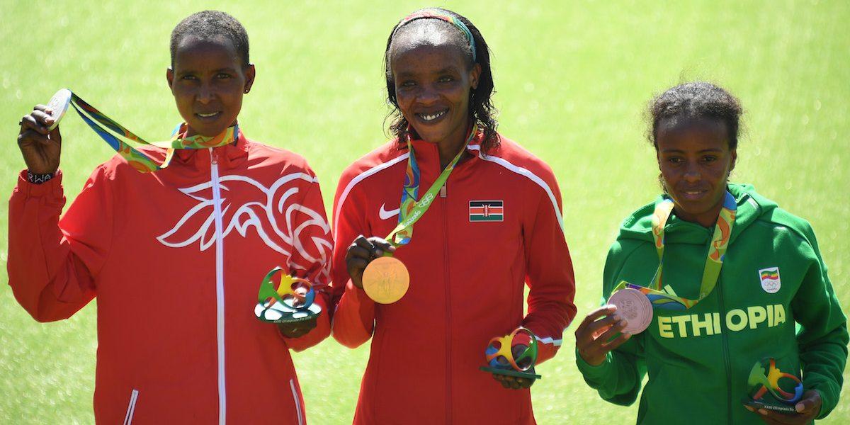 Suspenden a medallista de oro en Río por dar positivo de dopaje