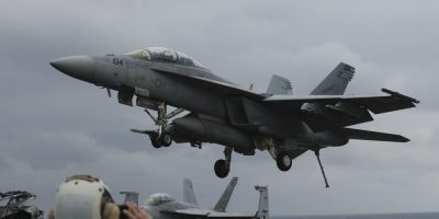 EEUU envía portaaviones hacia la Península de Corea como muestra de fuerza