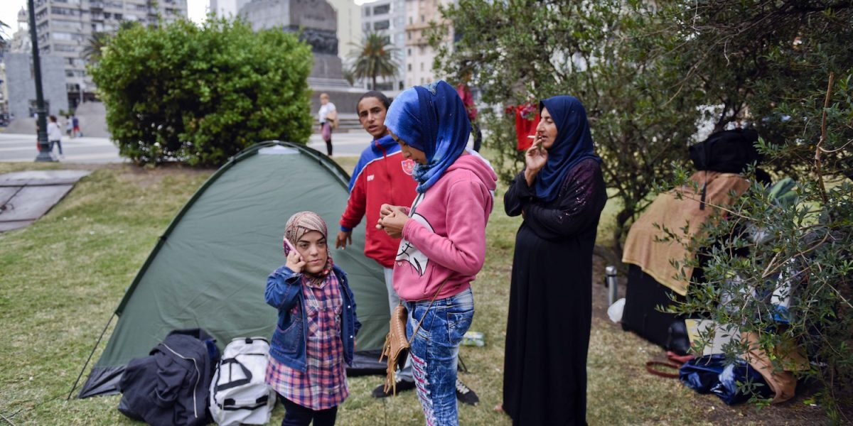 Habitantes Turcos atacan campamento de refugiados sirios