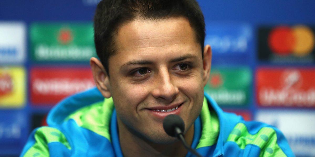 """Mourinho afirma que si """"Chicharito"""" jugara para él ya llevaría 20 goles"""
