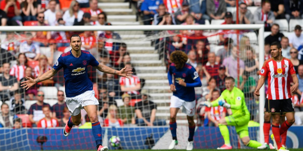 Ibrahimovic guía al United en la goleada sobre el Sunderland