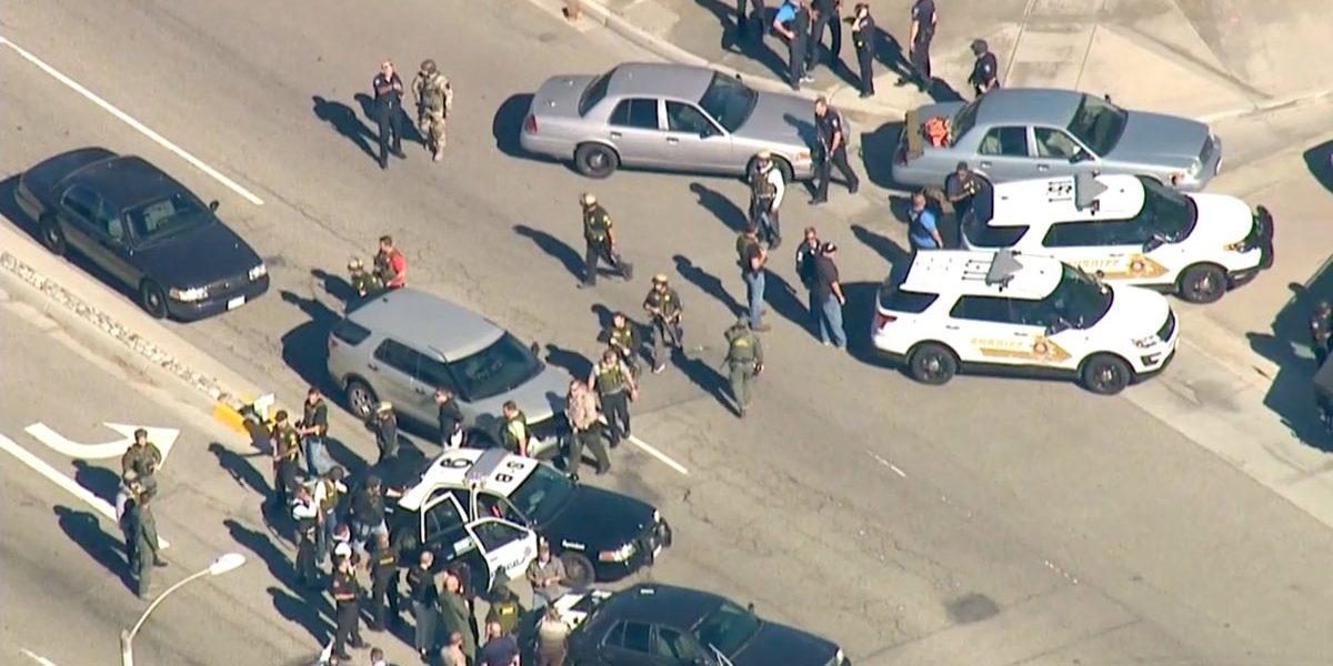 Suman 3 muertos por tiroteo en primaria de San Bernardino