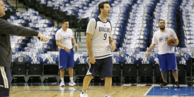 © Copyright 2017 The Associated Press. All rights reserved.. Imagen Por: Romo ya entrenó con los Mavs. / AP