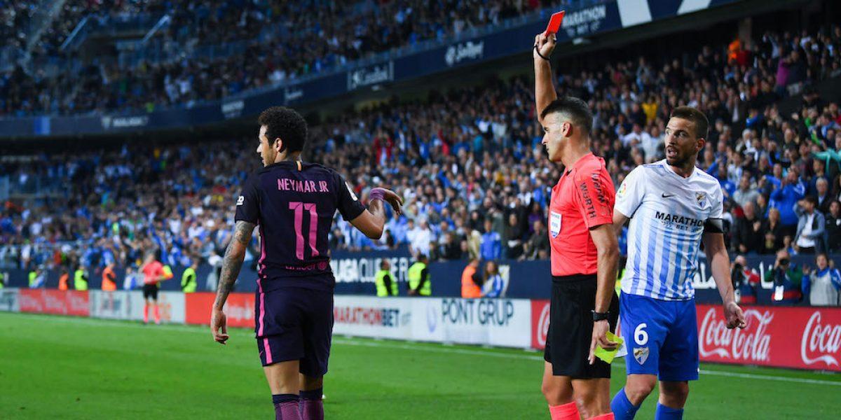 Suspenden tres partidos a Neymar y se perderá el Clásico ante Real Madrid