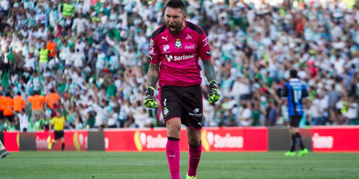 Llegó la hora para Rayados de enfrentarse a Jonathan Orozco