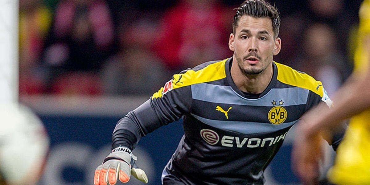 Portero del Dortmund, revela lo que vivió al lado de Marc Bartra
