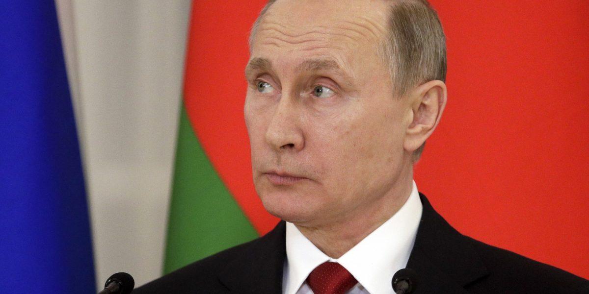 """Putin alerta de nuevas """"provocaciones"""" sobre ataques químicos en Siria"""