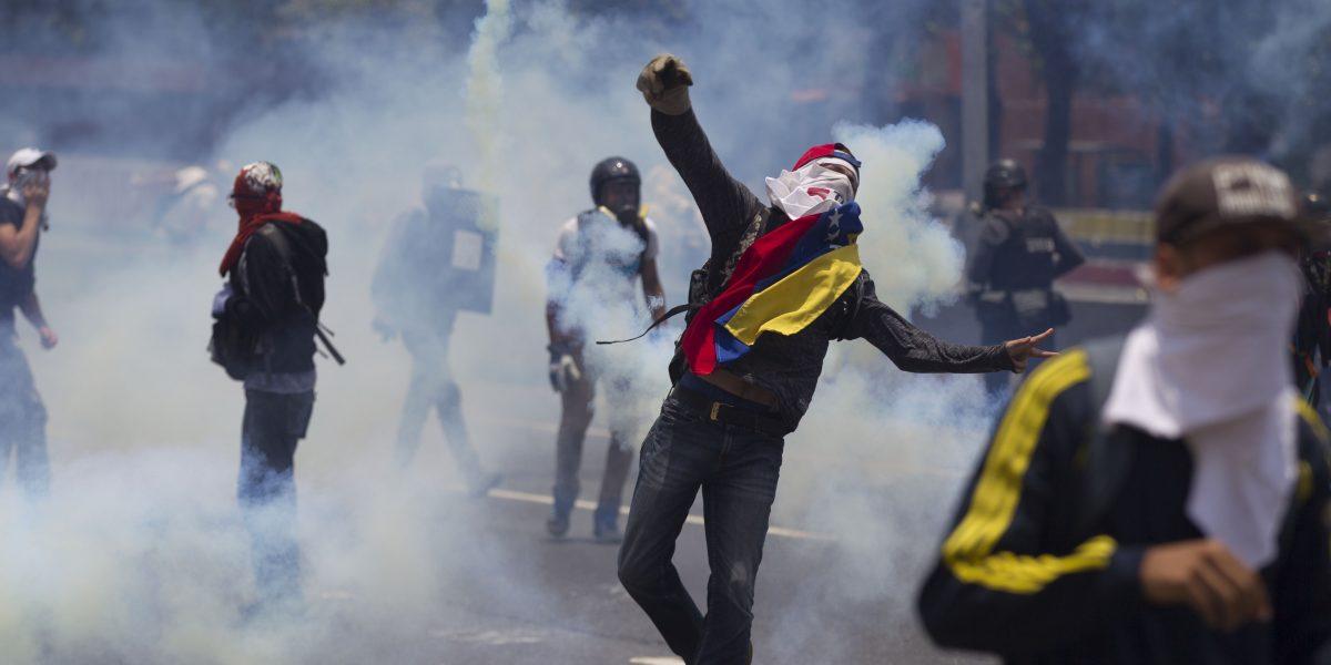 Venezuela: Ya van dos muertos en protestas en contra de Nicolás Maduro
