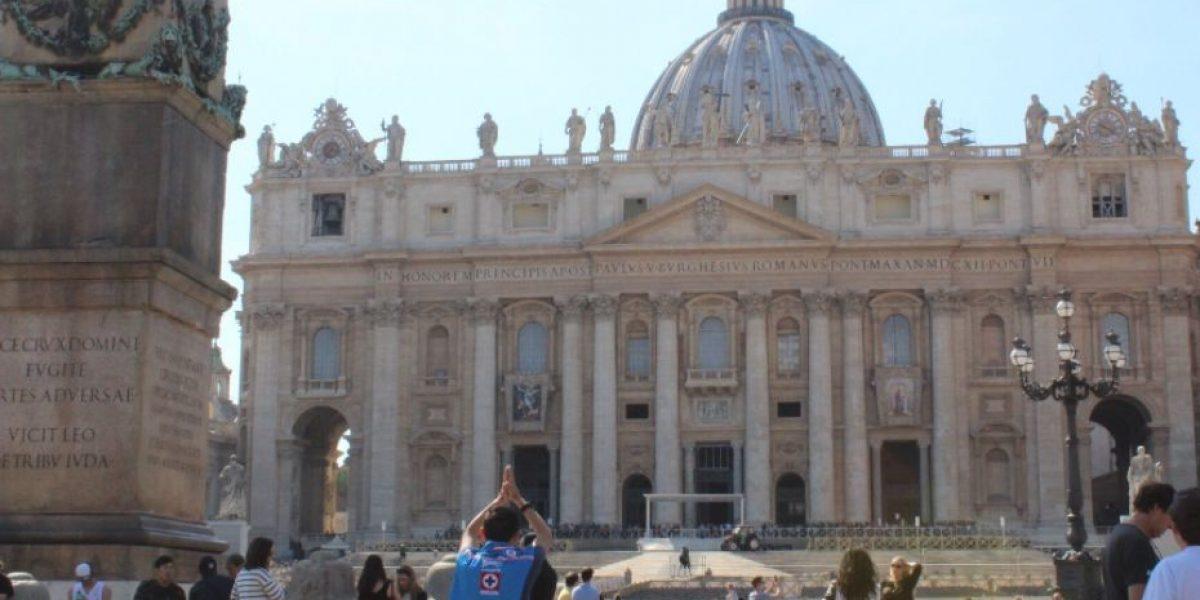 Aficionado de Cruz Azul fue al Vaticano a pedir que se termine la malaria