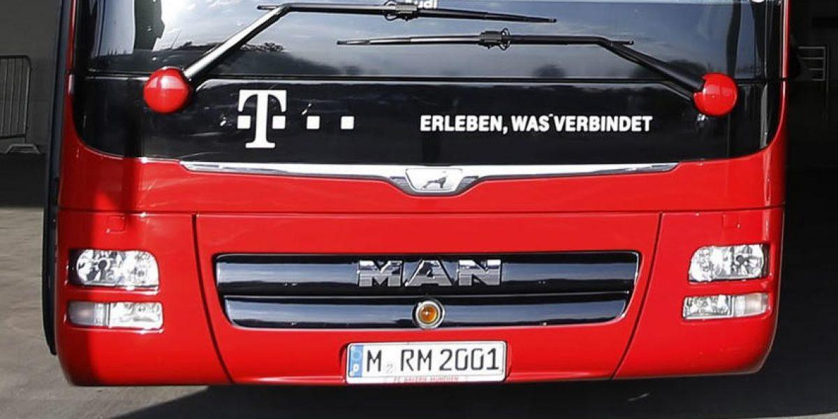 """No intimida placa """"subliminal"""" en autobús del Bayern ¡no pudieron con el Madrid!"""