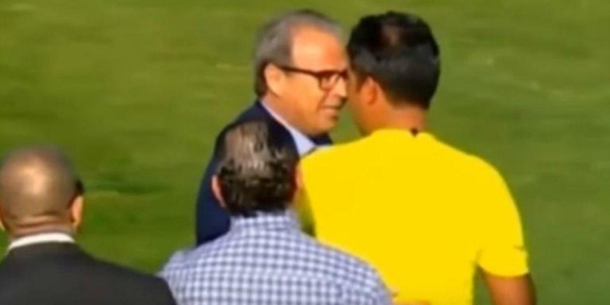 VIDEO: Directivo es suspendido de por vida por pellizcar trasero de un árbitro