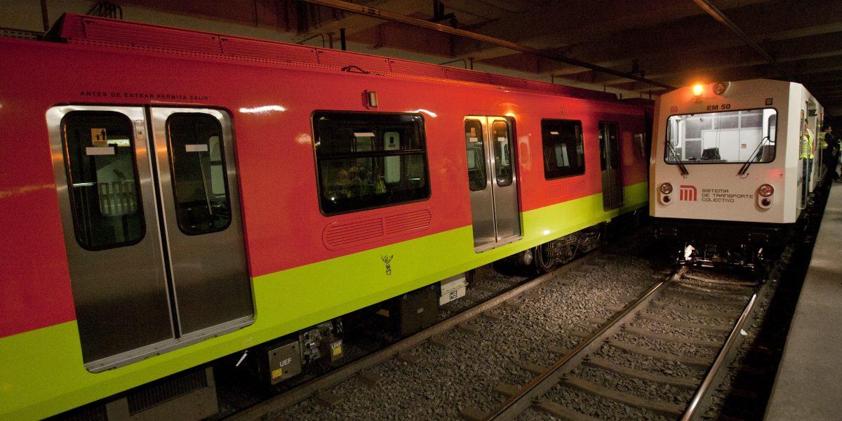 Mujer arroja a menor de edad a las vías del Metro