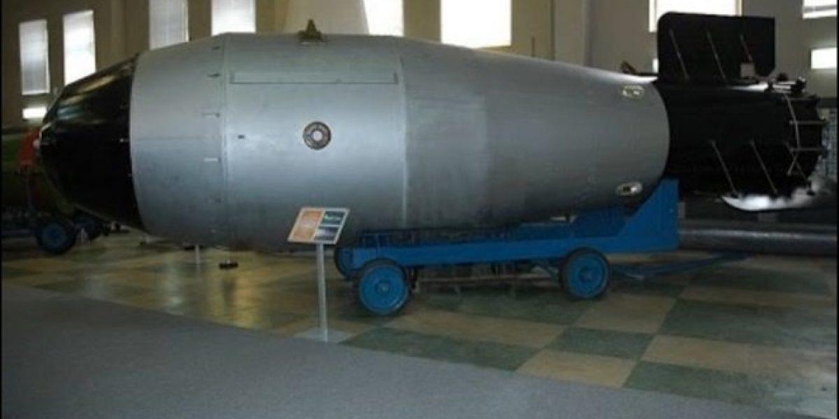 """Rusia tiene al """"padre"""", bomba 4 veces más poderosa que la lanzada por EU"""