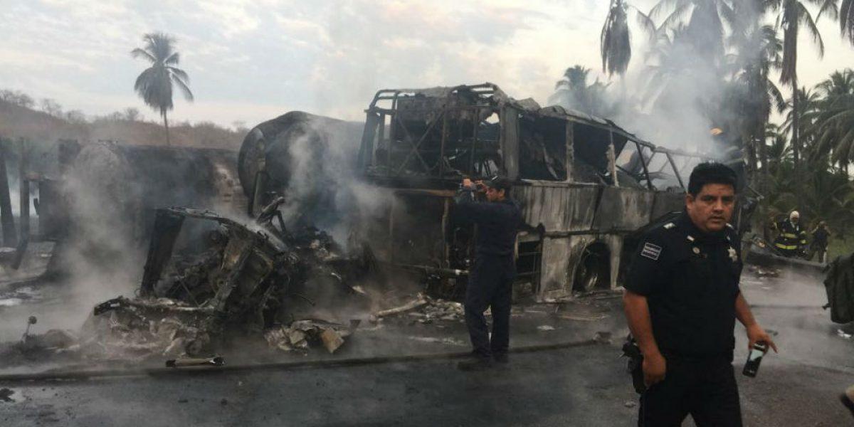 Llegan a Morelia los 24 cuerpos de víctimas del choque en la Siglo XXI
