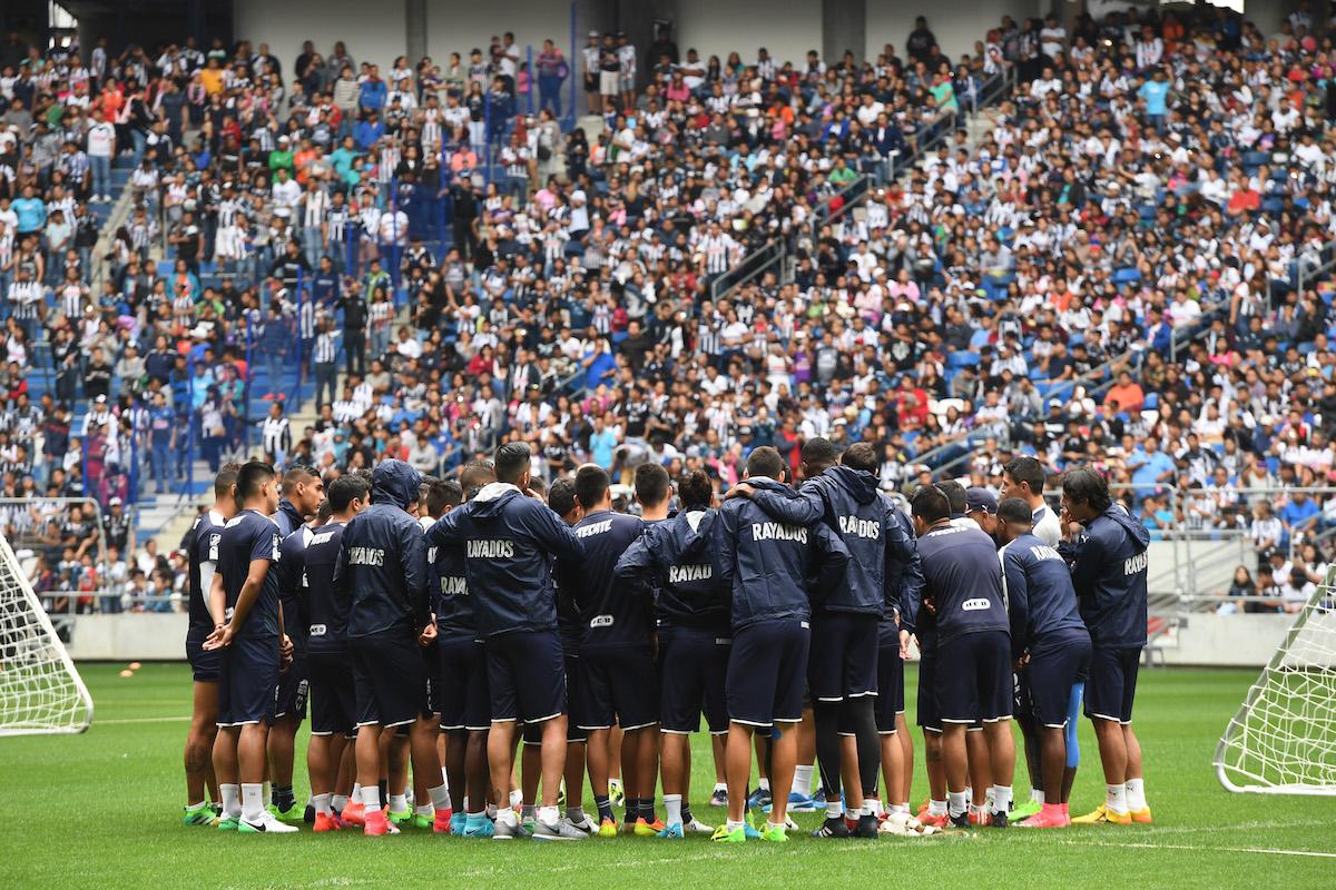 Los fanáticos de Monterrey empezaron a llegar desde las 9:00|MEXSPORT