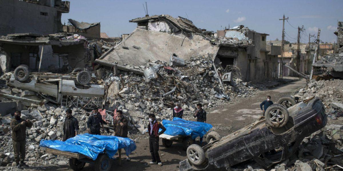 Suman 94muertos en Afganistán por bombardeo de EU