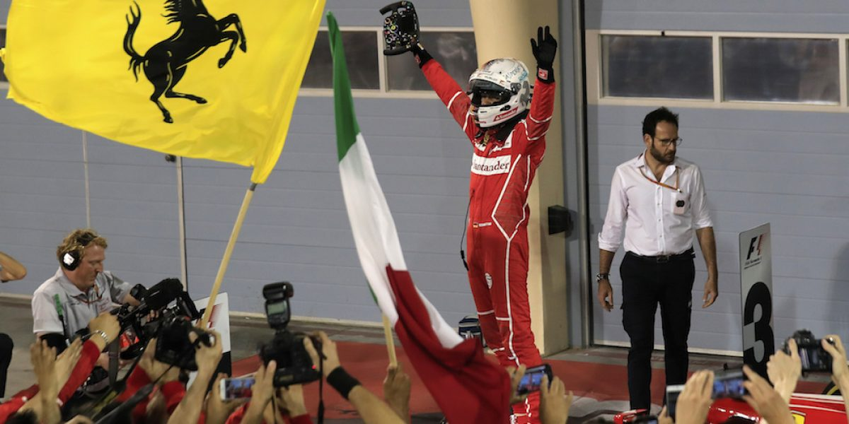 "Sebastian Vettel se corona en el GP de Bahréin; ""Checo"" Pérez séptimo"