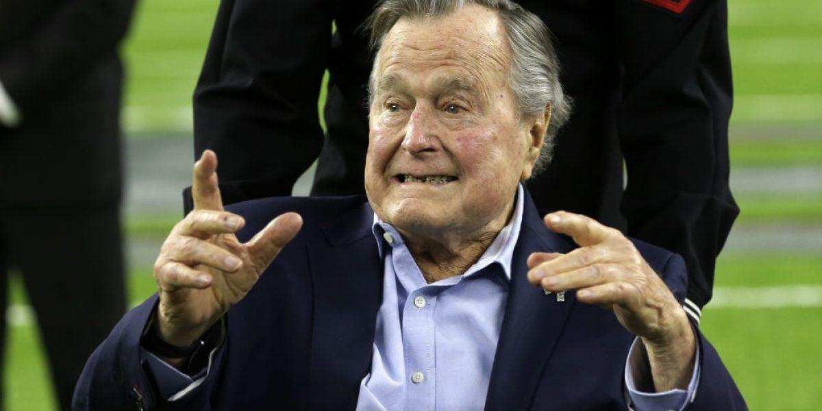 Hospitalizan otra vez a George Bush padre