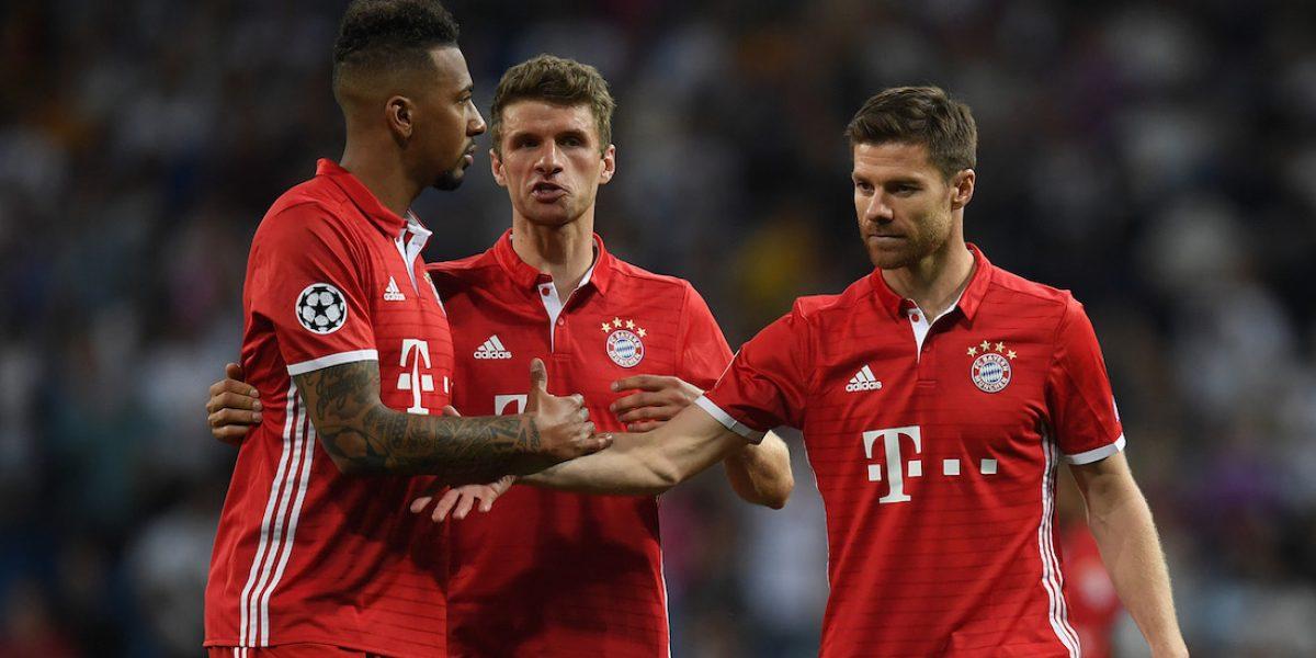 Policía sacó a jugadores del Bayern del vestidor del árbitro tras polémica eliminación