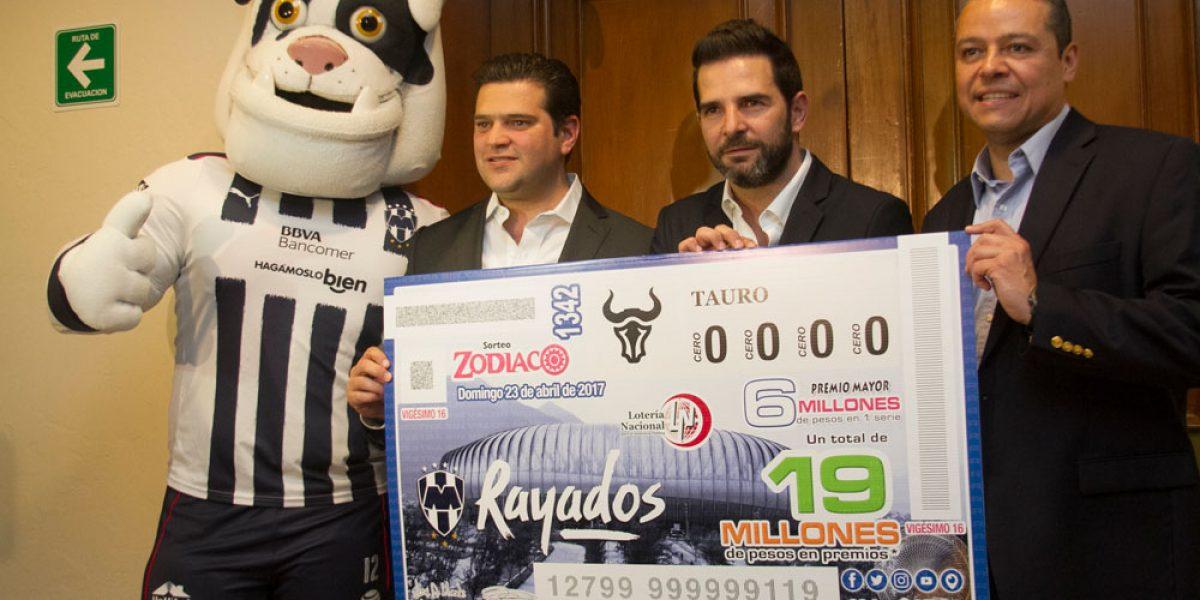 FOTO: Lotería Nacional se suma al Clásico 110