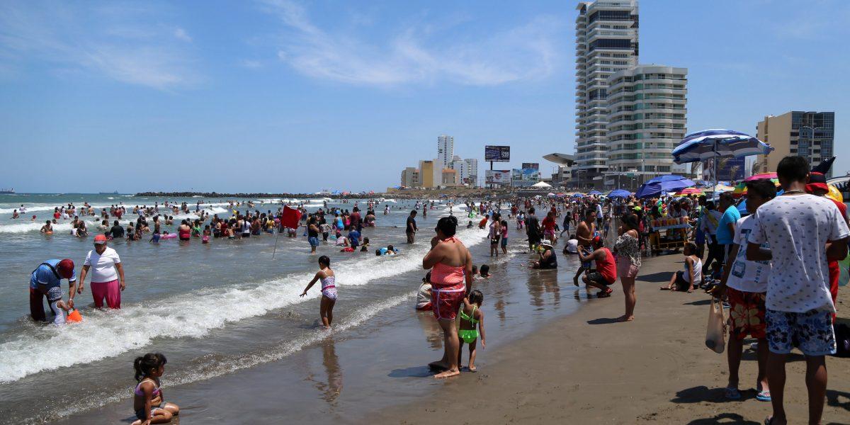 Turismo local al alza, mientras disminuyen viajes al extranjero: Sectur