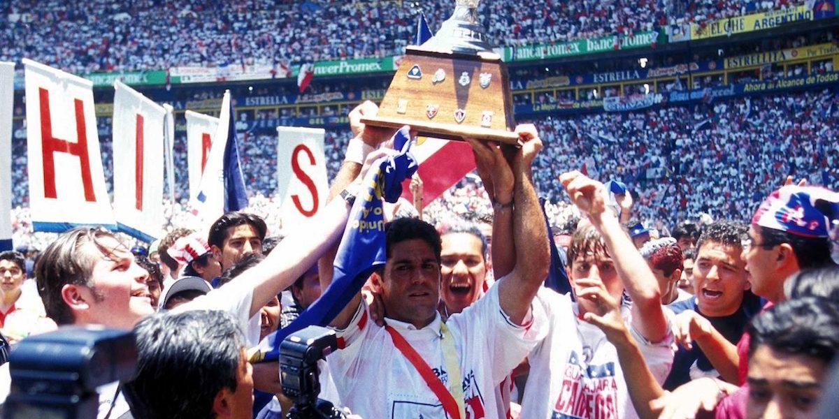 VIDEO: La última vuelta olímpica que Chivas dio en su casa fue hace 19 años