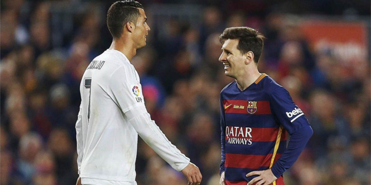 La imagen del beso en la boca de Messi y CR7 con el que amaneció Barcelona