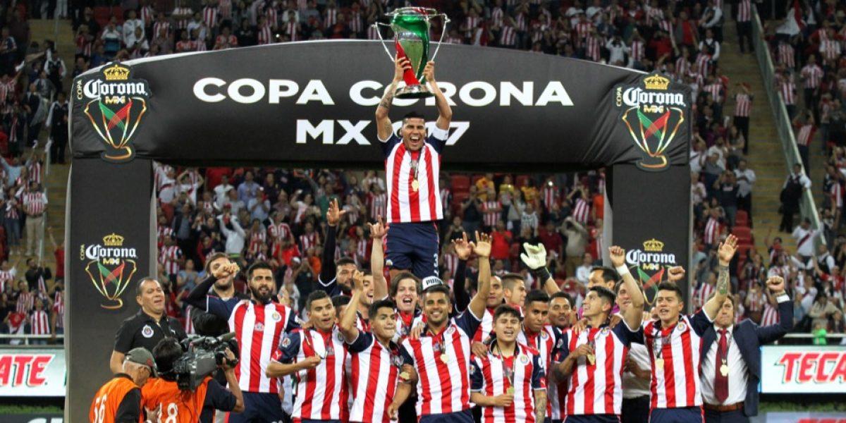 Tras ganar la Copa MX, Chivas va por la Liga