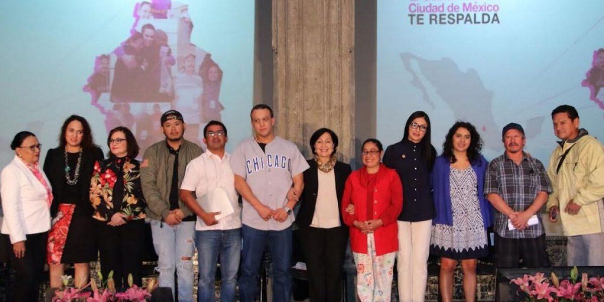 Dan Seguro de Desempleo a 300 deportados en la CDMX