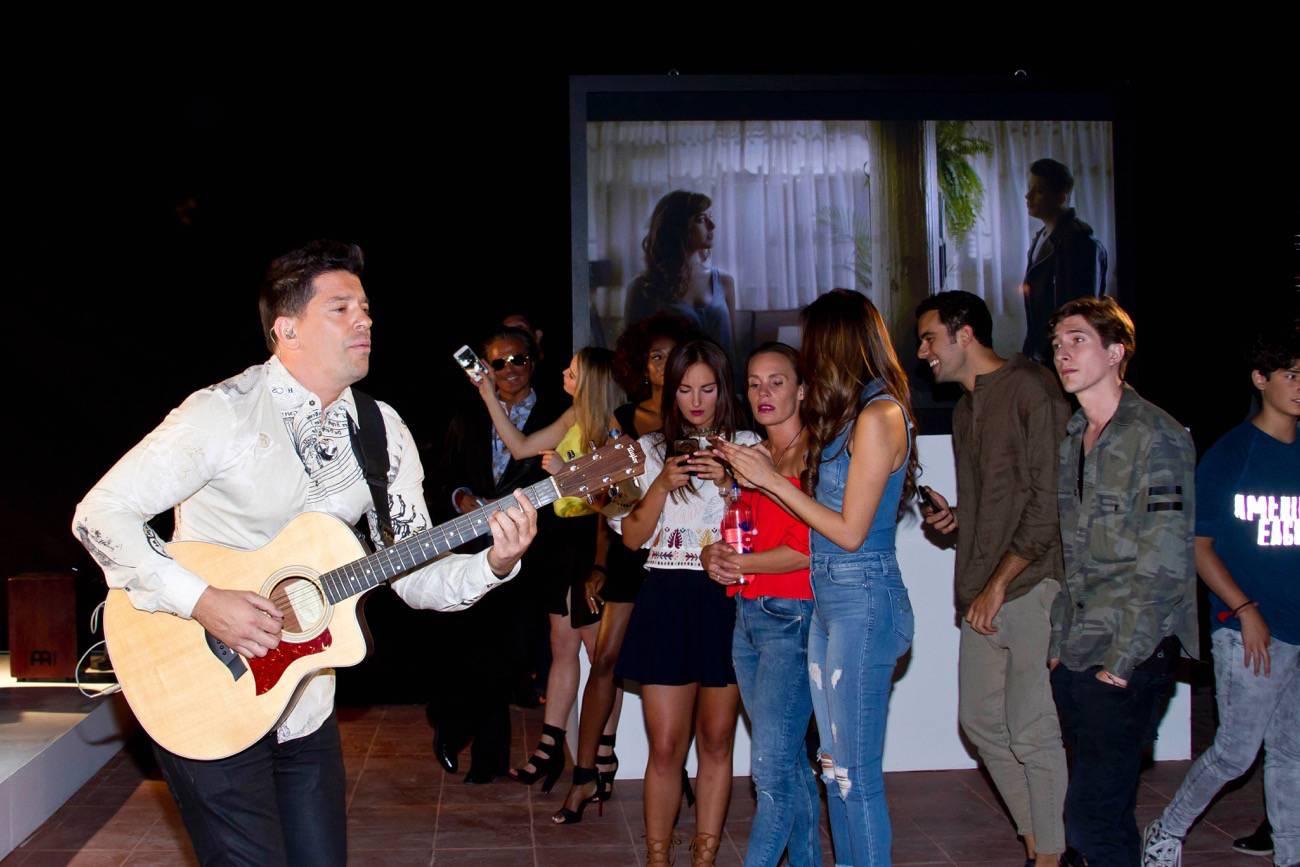 Yahir debuta en Televisa