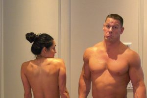 VIDEO: Nikki Bella y John Cena se desnudan en internet