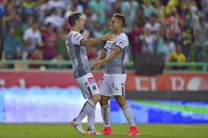 ¡Se aferra a la Liguilla! León vence a Puebla y mantiene esperanzas de calificar