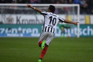 VIDEO: Marco Fabián marca doblete con el Eintracht Frankfurt