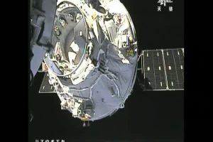 El carguero espacial chino logra acoplarse al laboratorio orbital Tiangong-2