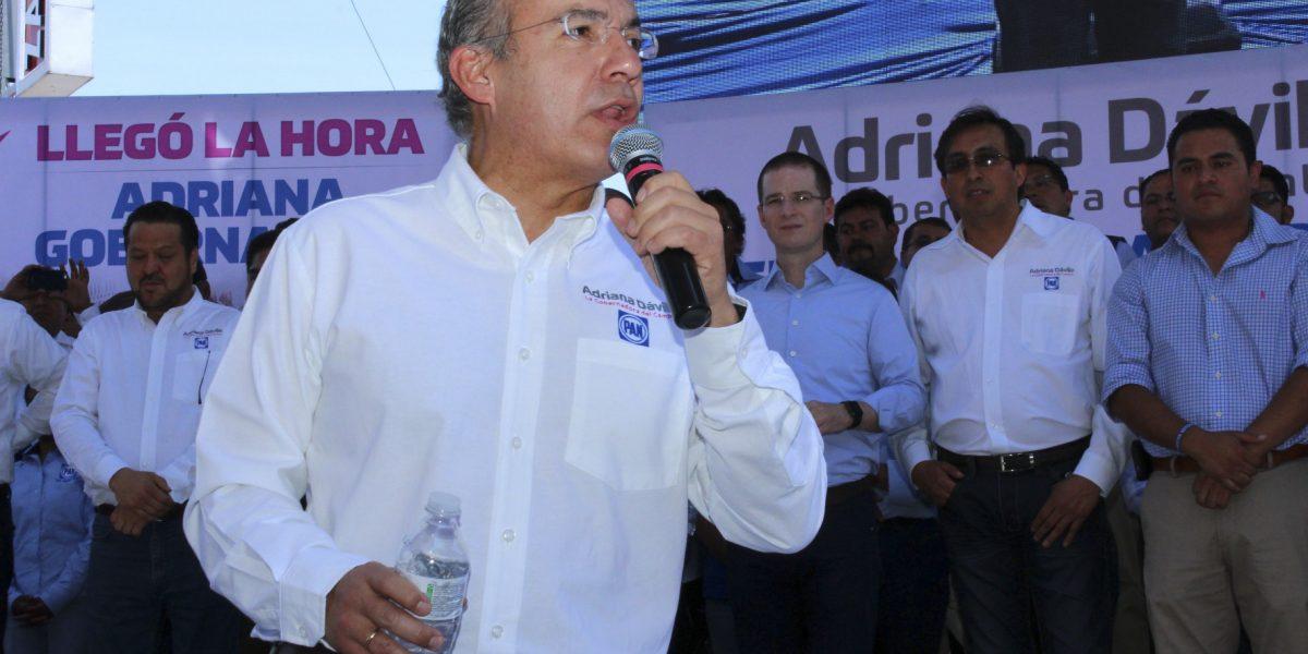 Calderón niega acusaciones de AMLO sobre exoneración de Moreira