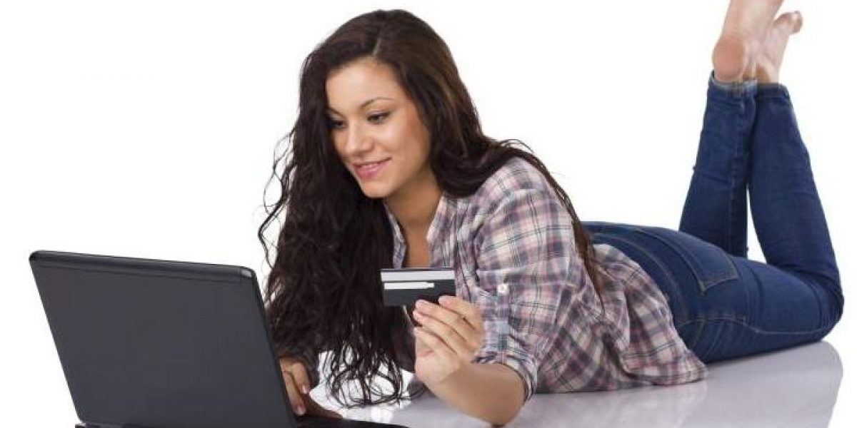 Crece 119% compras web con tarjetas bancarias: Condusef