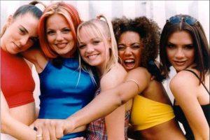 Destapan aventura de integrante de las Spice Girls con otra mujer