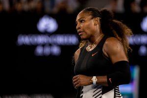 Serena Williams responde a comentarios racistas hechos en contra de su hijo y de ella